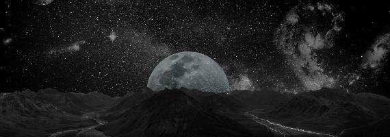 moon-2048727_1920